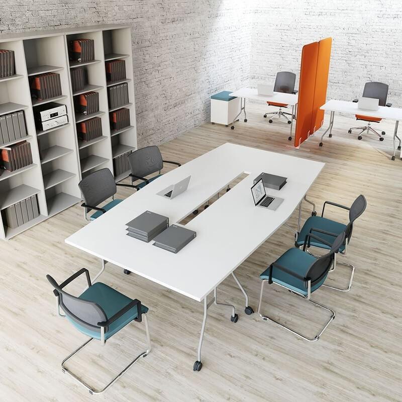 Stoły konferencyjne i stoliki