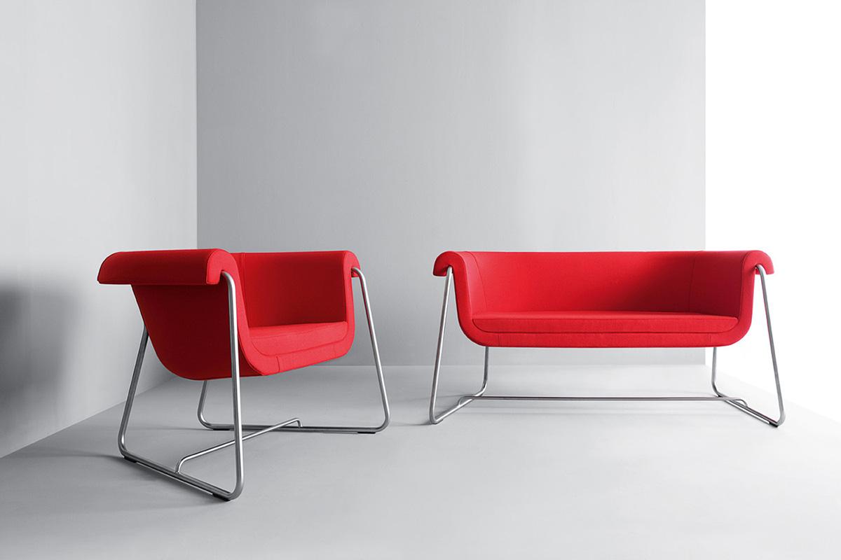 Czerwone siedziska biurowe